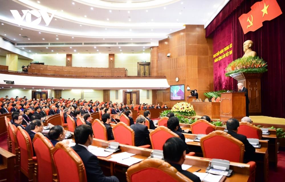 Thông qua nhân sự ứng cử các chức danh lãnh đạo chủ chốt của Đảng, Nhà nước khóa XIII