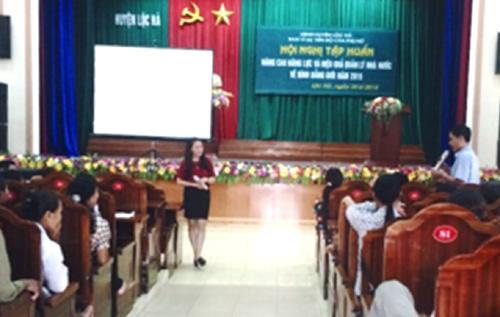 Lãnh đạo Hà Tĩnh chúc tết các trung tâm chăm sóc, điều dưỡng thương binh ở Nghệ An