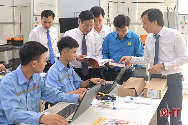 Nâng cao chất lượng đào tạo nghề ở Hà Tĩnh - bắt đầu từ đội ngũ giáo viên