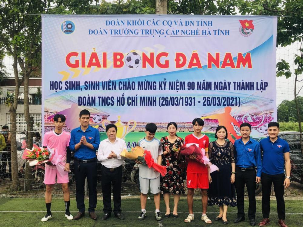 Trường Trung cấp nghề Hà Tĩnh: Triển khai nhiều hoạt động chào mừng 90 năm ngày thành lập đoàn TNCS Hồ Chí Minh
