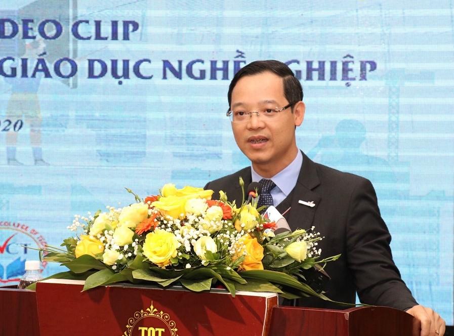 Tăng cường vai trò lãnh đạo của Đảng trong phát triển nguồn nhân lực