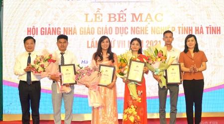 Vinh danh 32 nhà giáo Hà Tĩnh tại Hội giảng Nhà giáo giáo dục nghề nghiệp toàn tỉnh
